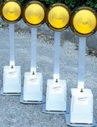 Fabricant de balisage d'urgence pour circulation routière